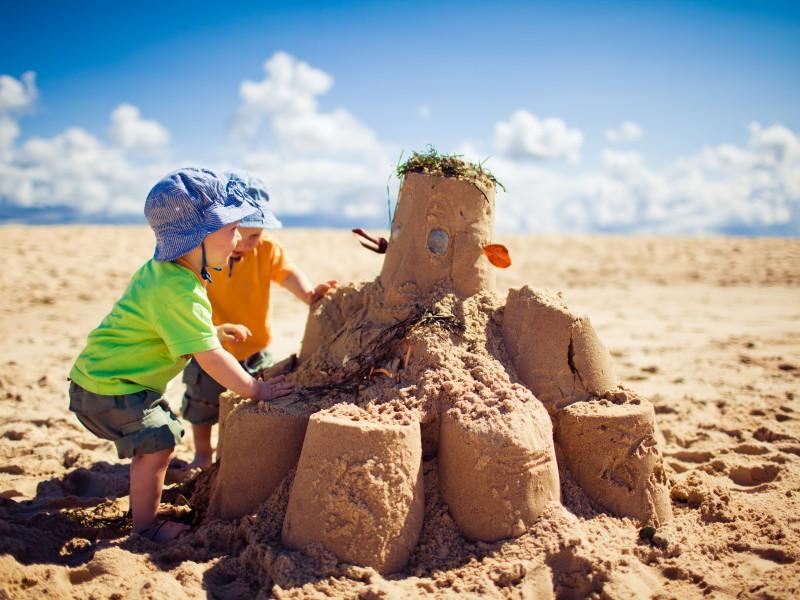 kids-on-beach-1