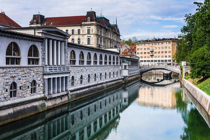 Ljubljana riverside market halls on the Ljubljanica River water front, Ljubljana, Slovenia, Europe